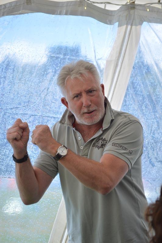 Giles Henschel